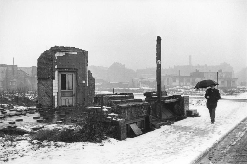 06henri-cartier-bresson-germany-1952-53